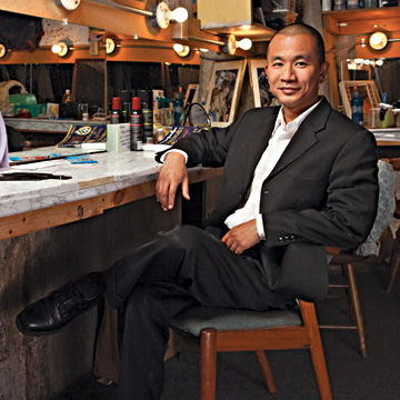 Actor Ray Tagavilla steals the show on small stages.